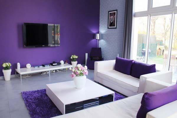 Какой дизайн обоев выбрать для гостиной?