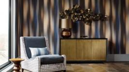 Как оклеить стены текстильными обоями